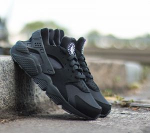 Nike Air Huarache Black/Black EUR 38.5