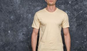 Undefeated 5 Strike Felt Patch Tee Tan S