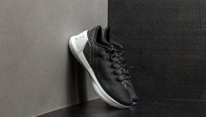 Under Armour Curry 3 Low Black/ White/ White EUR 41