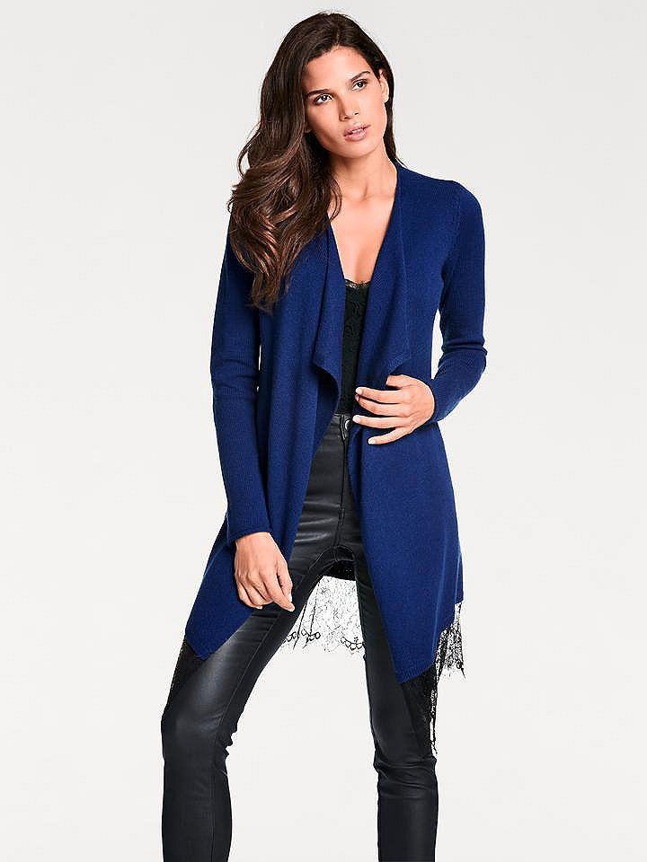 50b3ef3f56bd ASHLEY BROOKE by heine Dlhý pletený sveter s čipkou Ashley Brooke by heine  kráľovská modrá 36 38 značky Ashley brooke by heine - Lovely.sk