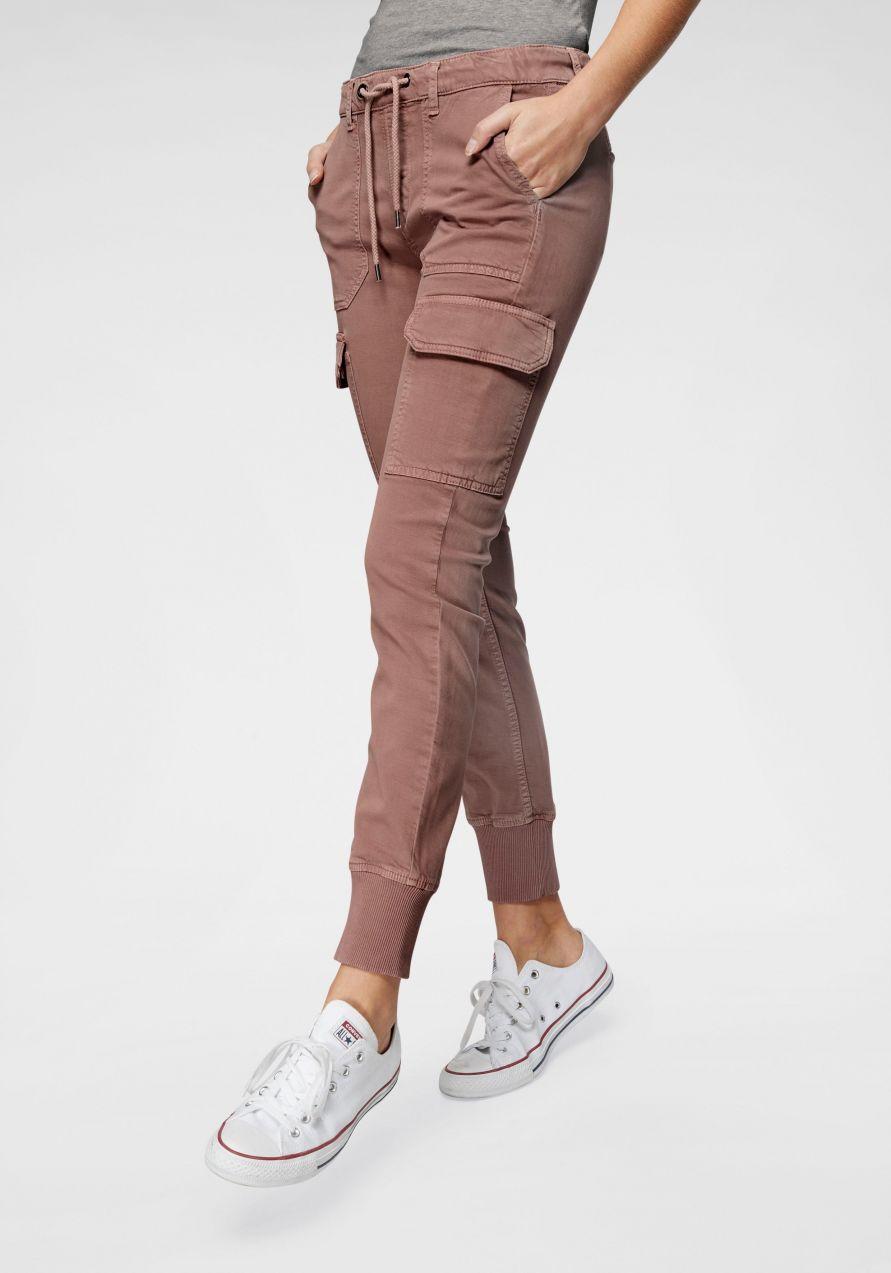Pepe Jeans Nohavice v štýle teplákov »CRUSADE« Pepe jeans značky ... 08f4300c6c