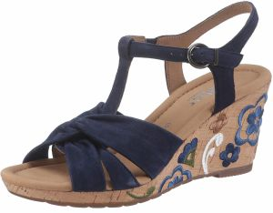 ee8b2cdd2b Modré dámske sandále na klinovom podpätku - Lovely.sk