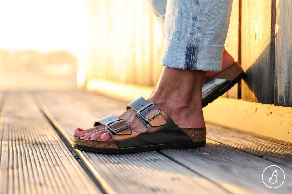 85b2fd5dee3 BIRKENSTOCK Birkenstock Sandále Arizona Smooth Leather Soft footbed  Metallic Anthracite značky Birkenstock - Lovely.sk