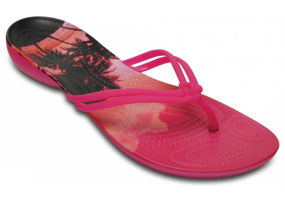 809f9190ec52 Crocs dámske ružové žabky Isabella Graphic Candy Pink značky Crocs -  Lovely.sk