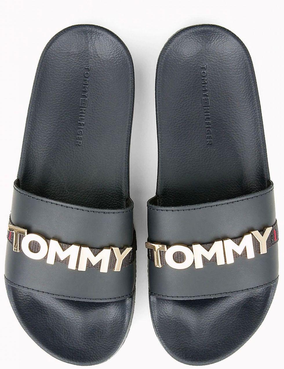 040473f343 Tommy Hilfiger tmavě modré pantofle Tommy Beach Slide Midnight značky Tommy  Hilfiger - Lovely.sk