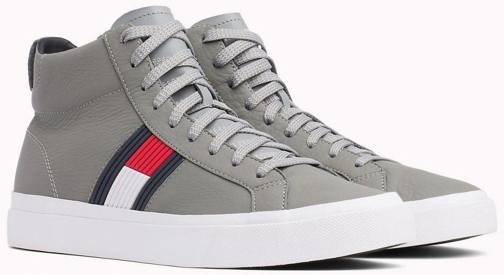 ef6d1cf58b Tommy Hilfiger sivé kožené unisex tenisky Flag Detail High Leather Sneaker  Light Grey značky Tommy Hilfiger - Lovely.sk