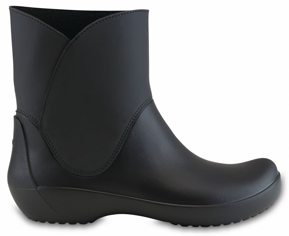 5a720b9c82 Crocs čierne čižmy Rainfloe Bootie Black značky Crocs - Lovely.sk