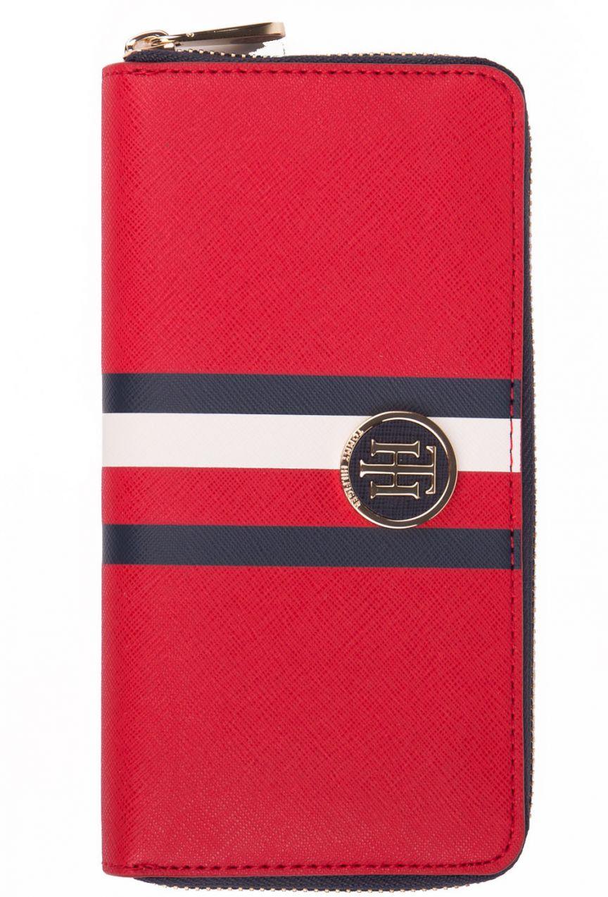 b5bd72015b Tommy Hilfiger červená peňaženka Honey Large Za Wallet značky Tommy Hilfiger  - Lovely.sk