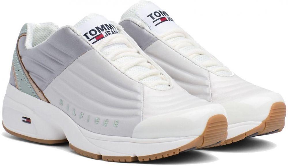 6fc7a50ccc2c Tommy Hilfiger biele tenisky na platforme WMN Heritage Tommy Jeans Sneaker  Drizzle značky Tommy Hilfiger - Lovely.sk