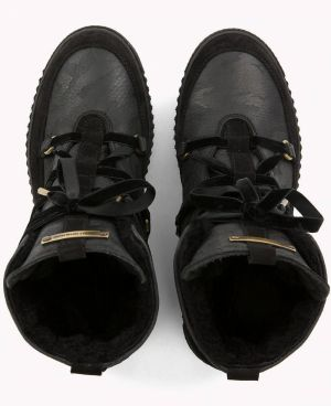 c0b0eb8c34 Tommy Hilfiger čierne kožené topánky Cozy Warmlined Leath značky ...