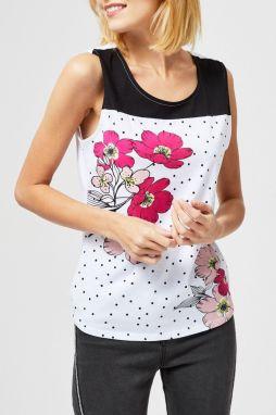 f2df68857f Moodo biele tričko s brmbolčekmi značky Moodo - Lovely.sk