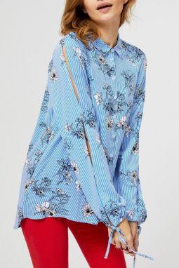 0bcac6007b5d Moodo modrá košeľa s prestrihmi na rukávoch