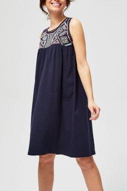040010e9d693 Moodo tmavo modré oversize šaty s farebnou aplikáciou