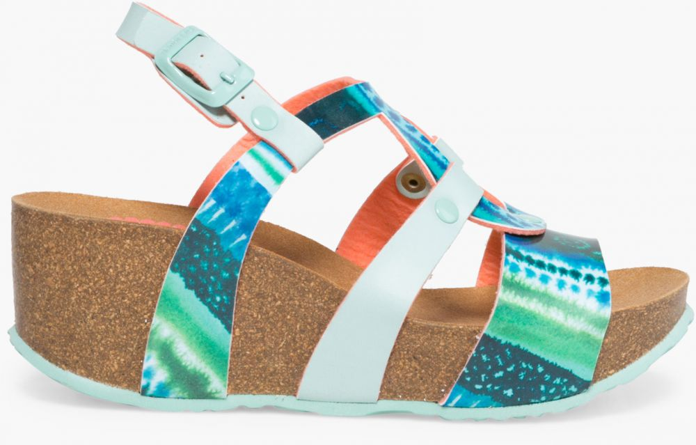 586750cb6ca1 Desigual tyrkysové sandále na platforme Bio9 Blue Aquarella značky Desigual  - Lovely.sk