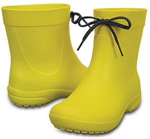 Crocs Dámske žlté gumáky Crocs Freesail Shorty RainBoot Lemon 203851-7C1 41-42