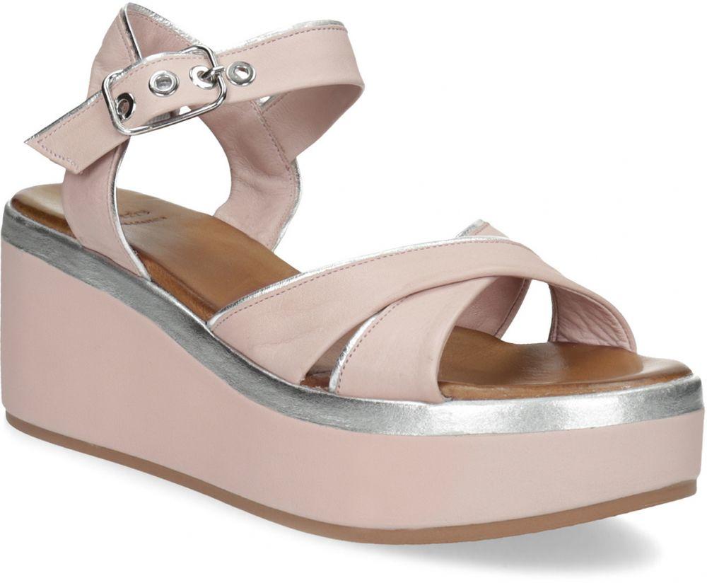 62fcdd264792c Kožené ružové sandále na platforme značky Baťa - Lovely.sk