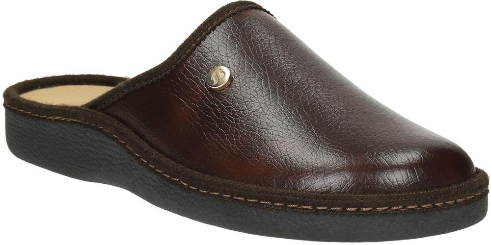 Pánska domáca obuv s uzavretou špičkou značky Baťa - Lovely.sk cb8abdad9c9