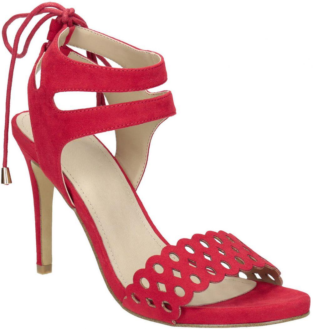 666676cc33c5 Červené sandále na ihličkovom podpätku značky Baťa - Lovely.sk
