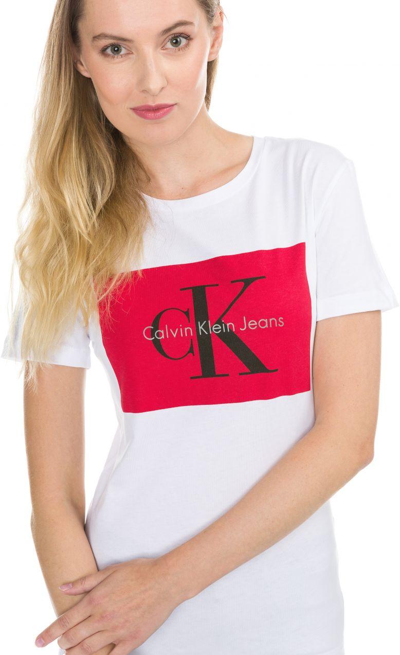 915f921a5 Tanya-40 Tričko Calvin Klein   Čierna   Dámske   M značky Calvin Klein -  Lovely.sk