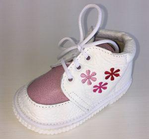 První krůčky Dievčenské kožené topánočky s ružovými kvietkami - biele d1c814a9be5