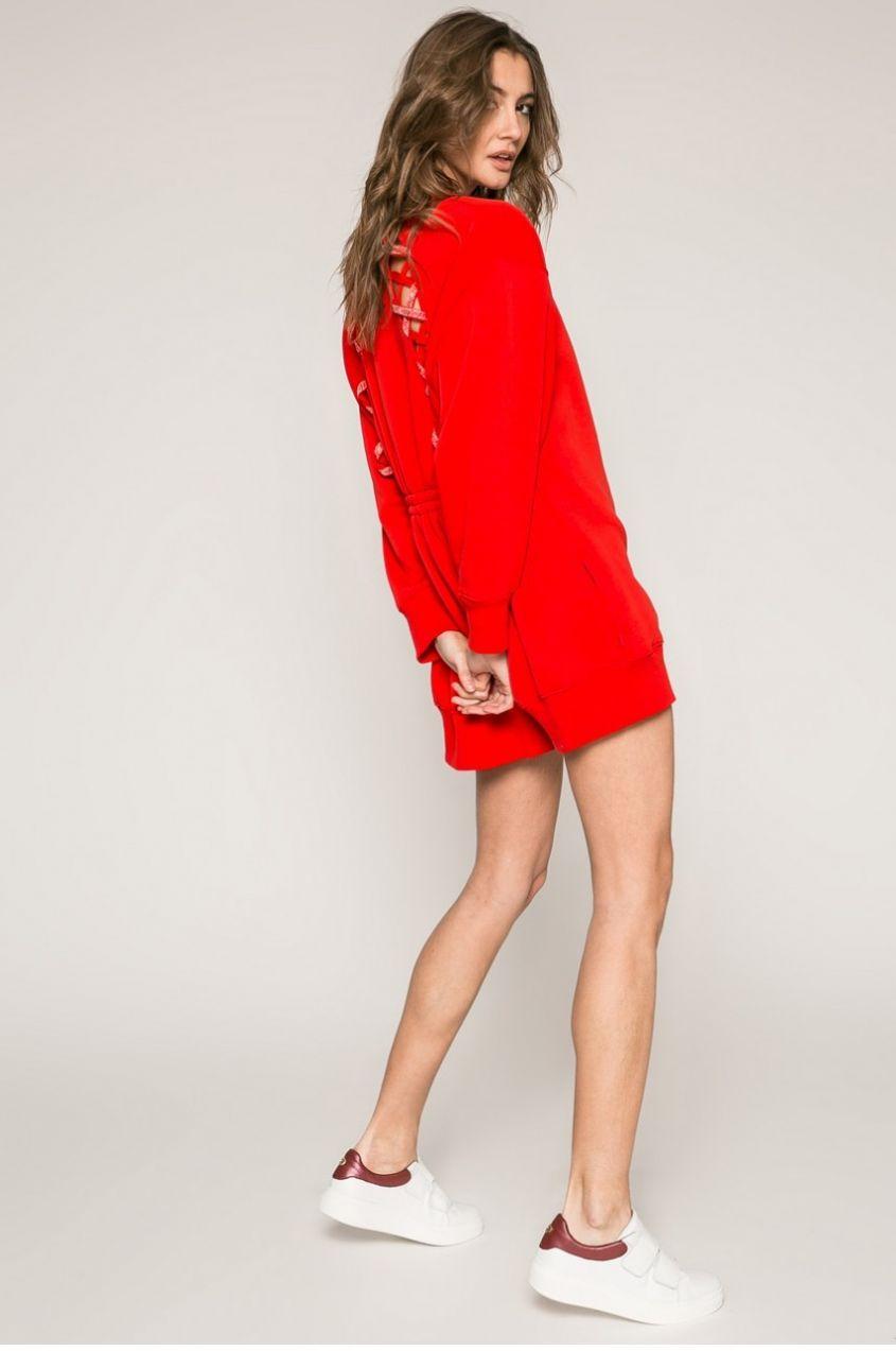 Tommy Hilfiger - Šaty Gigi Hadid značky Tommy Hilfiger - Lovely.sk 416dca7da08