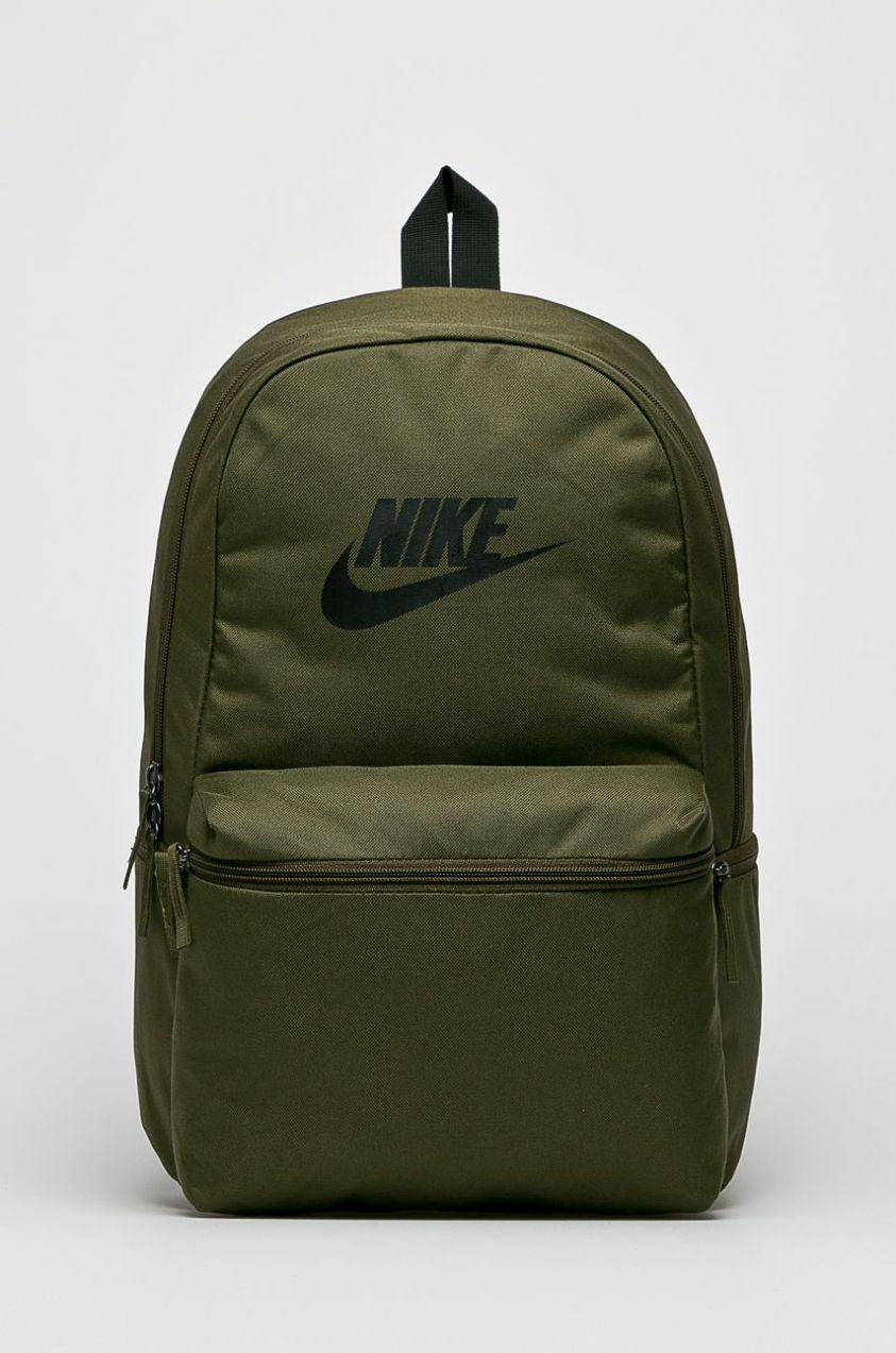 48ea9cabcd Nike Sportswear - Ruksak Heritage značky Nike Sportswear - Lovely.sk