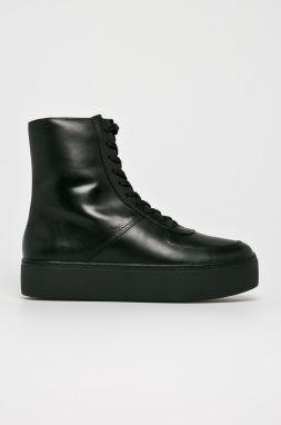 d631c7001418 Čierne dámske kožené členkové topánky Vagabond Kenova značky ...