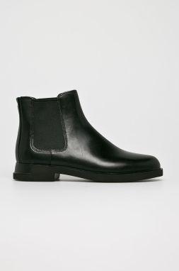 5f417242e5 Čierne dámske kožené nízke chelsea topánky Camper značky Camper ...