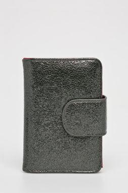 Isabeau Peňaženka Guess  cc5a6c3758f