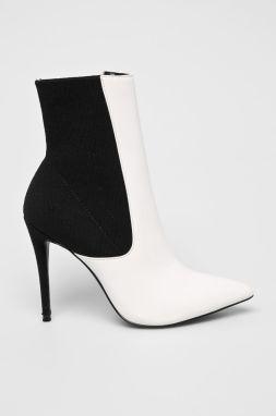4e97baaf4530 Členková obuv KENDALL + KYLIE - Viva-B White Multi značky Kendall + ...