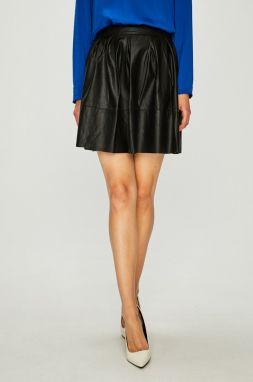 a3645934d5bf Čierna koženková sukňa s ozdobnými plastickými detailmi ONLY Tough ...