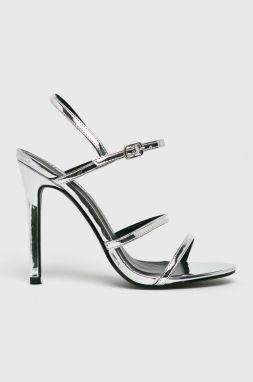 fef71e421e Strieborné sandále na ihličkovom podpätku značky INSOLIA - Lovely.sk