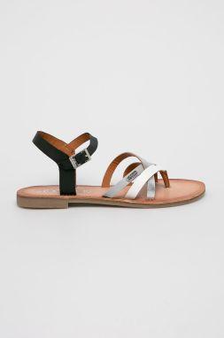 a60bfbb59b16 Biele sandále 5-28335 značky s.Oliver - Lovely.sk