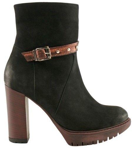 2e5da68a99 Bosccolo Dámska členková obuv 4313 black značky Bosccolo - Lovely.sk