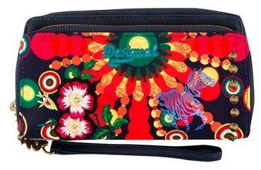 d7abbac68c Desigual Dámska peňaženka 50Y52M25000 značky Desigual - Lovely.sk
