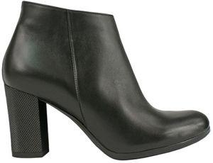 9a0c8929e75d Dámska obuv Bosccolo - Lovely.sk