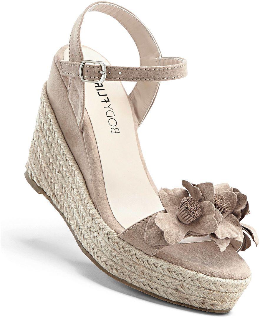 Klinové sandále bonprix značky BODYFLIRT - Lovely.sk 96f717fb98f