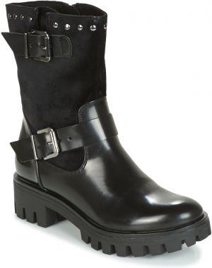 Čierne kožené členkové topánky s prackou a strapcami Tamaris značky ... e63476bd5dc