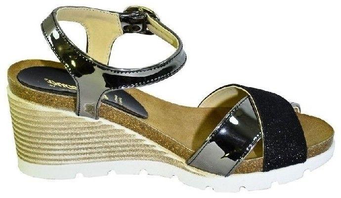 57e401ff1f Sandále Carsona Čierne kožené sandále na klinovom opätku LARA značky ...