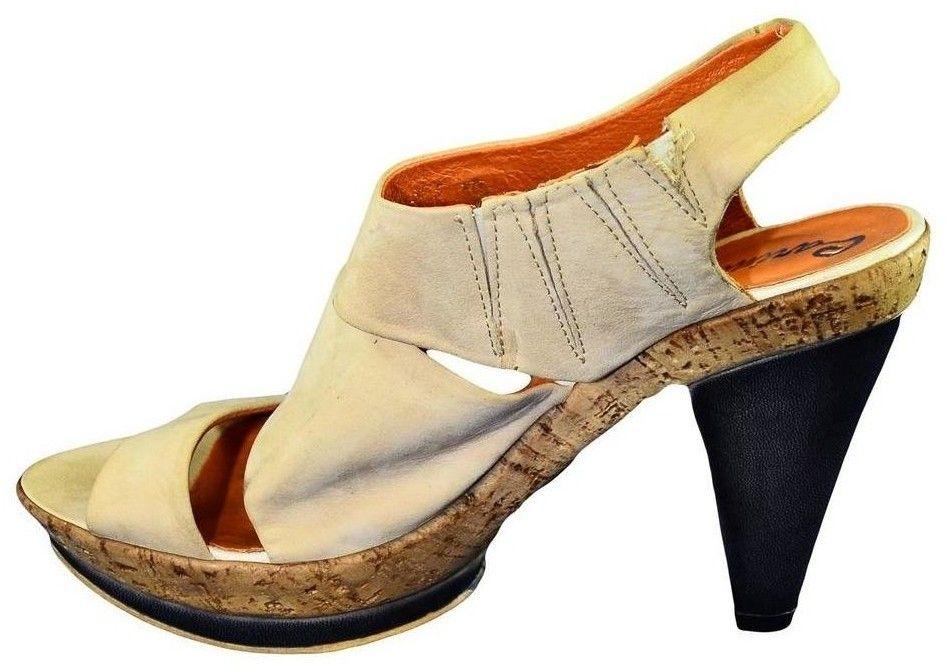 7cf59bba516a Sandále Carinii Dámske béžové sandále PARIC značky Carinii - Lovely.sk