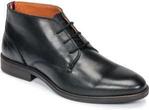 Polokozačky Tommy Hilfiger  ESSENTIAL LEATHER BOOT