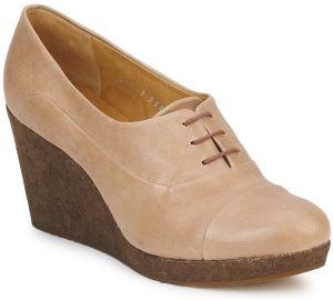 53e6622d4cbf Béžové členkové chelsea topánky na klinovom podpätku Tamaris značky ...