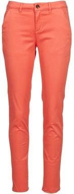 Nohavice Chinos/Nohavice Carrot Betty London  CHONI