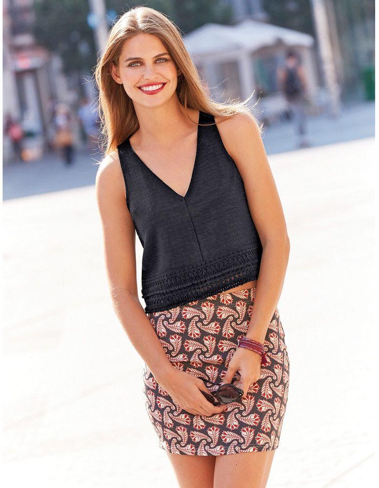 721047d01489 VENCA Krátka sukňa s orientálnym designom potlač L značky VENCA - Lovely.sk
