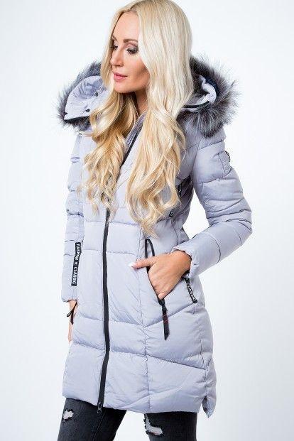 f15d3d748 Prešívaná bunda s ozdobnou kožušinou na kapucni, sivá značky Fasardi -  Lovely.sk