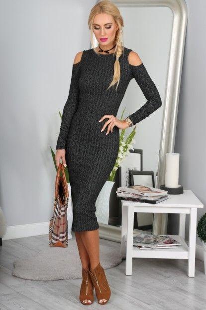 ab1d6c4853 Šaty čierne s výrezmi na pleciach značky Fasardi - Lovely.sk