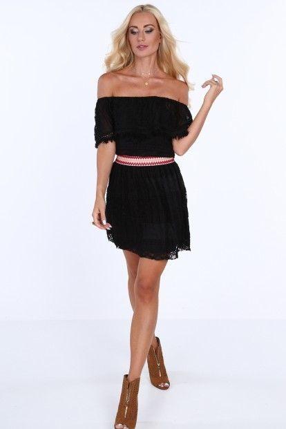 e3c1775bc915 Čipkované dámske šaty v španielskom štýle