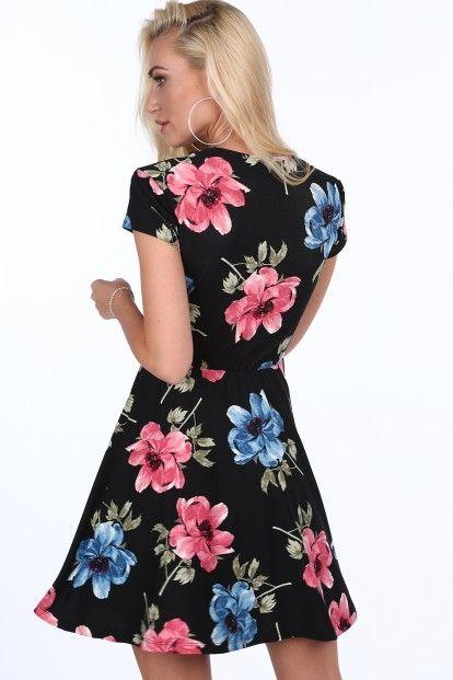 72cf70b30a Čierne kvetinové dámske šaty s dĺžkou nad kolená značky Fasardi - Lovely.sk