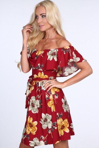 41aba9c24085 Kvetované dámske šaty s odhalenými ramenami