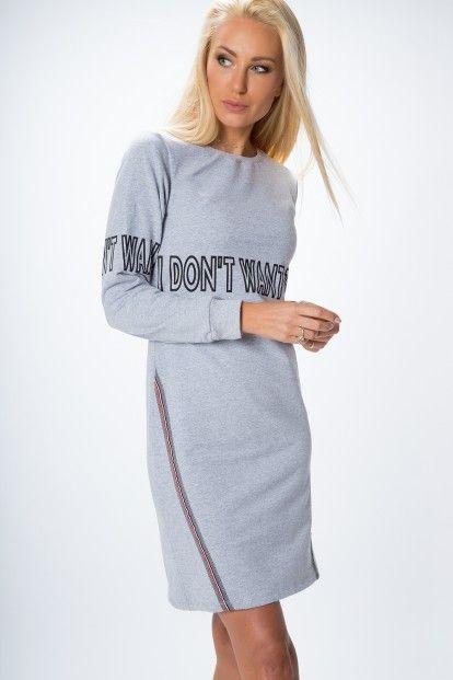 Moderné šaty s dlhým rukávom f020f543a5d